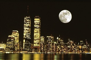 E780724full_moon_over_manhattan_new